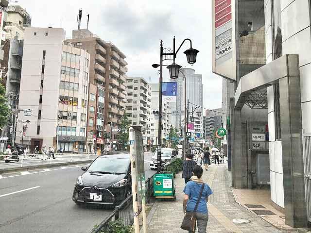 駒沢通りから広尾方面に向かう画像